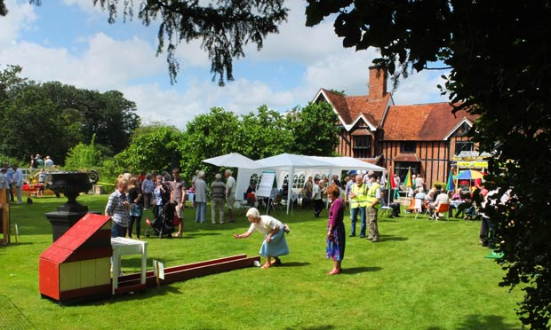 top tips for planning a successful community event