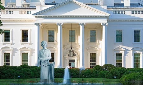 The Margaret Thatcher statue outside the White House.