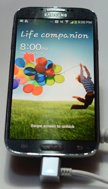 Galaxy S4 by Samsung
