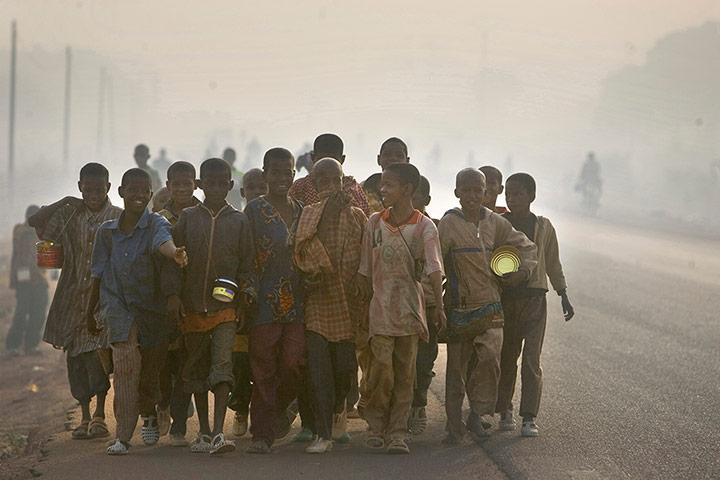 Σύγχρονη δουλεία: Εμπορία παιδιών και της παιδικής εργασίας: Talibes στην Ακτή του Ελεφαντοστού
