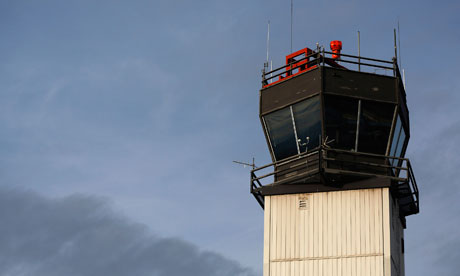 Air control towers to close