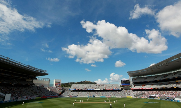 Action underway on day three of the final Test between New Zealand and England in Auckland.