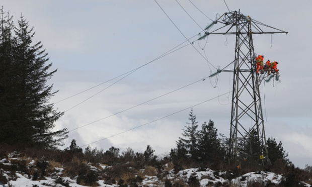 What's the weather like outside? No. 3. Kintyre, Scotland min 0C before windchill. Workers are pictured on a damaged  pylon in Kintyre, Scotland as communities face a sixth day without power.