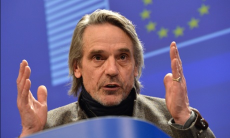 Jeremy Irons speaks during his press conference about plastic waste at the European Commission on March 7, 2013 in Brussels, Belgium.  (Photo by Bert Van Den Broucke/Photonews via Getty Images)