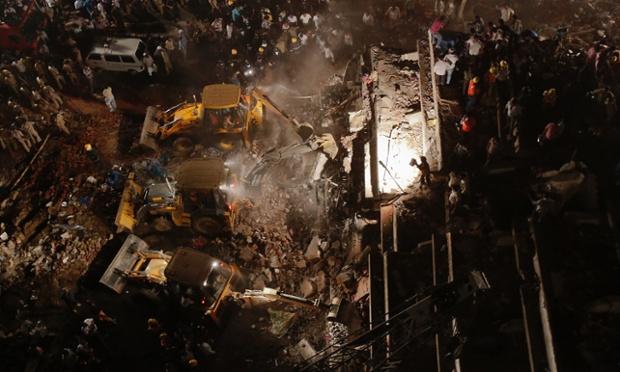 collapsed building near Mumbai