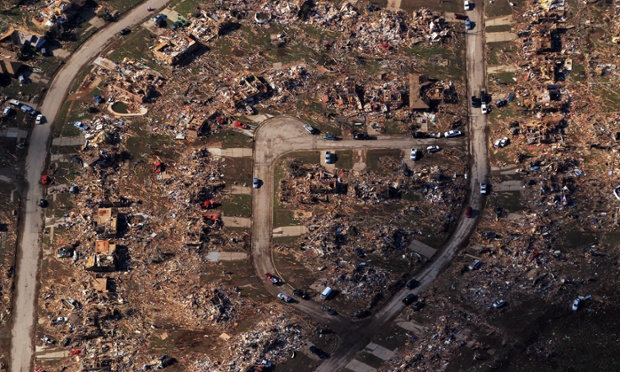 An astonishing aerial view taken late yesterday of destroyed houses and buildings in Moore, Oklahoma.