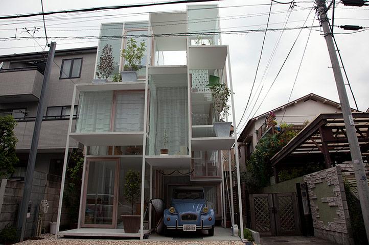 Houses in the clouds sou fujimoto 39 s best buildings art for O house sou fujimoto