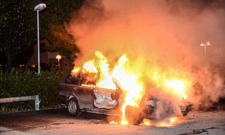 Stockholm-riots-010.jpg