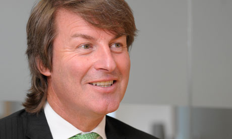 Nick Buckles to step down