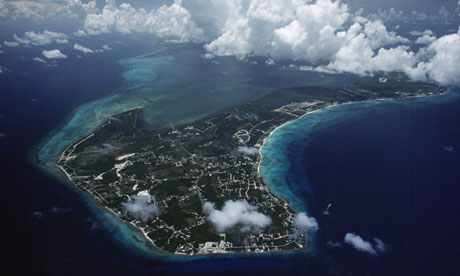 http://static.guim.co.uk/sys-images/Guardian/Pix/pictures/2013/5/30/1369931690424/Cayman-Islands-aerial-vie-010.jpg