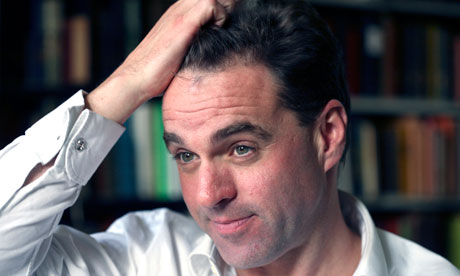 Niall Ferguson apologises for remarks about 'gay and childless' Keynes