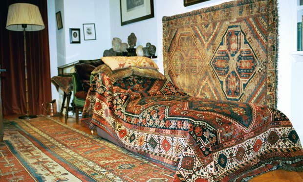 Interpretation of seams? Sigmund Freud's couch needs £ ...