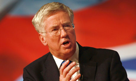 Michael Fallon offers £25m to keep UK at forefront of aerospace research