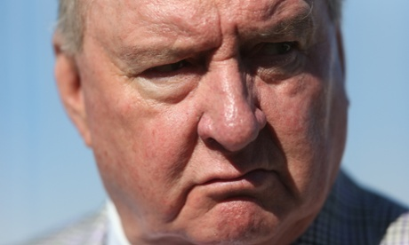 Broadcaster Alan Jones at the wind fraud rally.