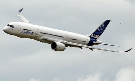 Dreamliner rival the Airbus A350 in action at the Paris Airshow