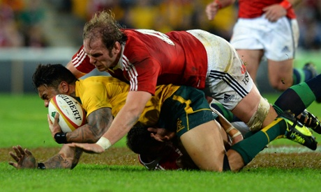 Alun Wyn Jones tackles Digby Ioane.
