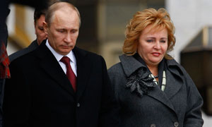 Vladimir Putin and his wife announce their separation in TV interview