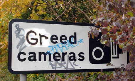 http://static.guim.co.uk/sys-images/Guardian/Pix/pictures/2013/6/7/1370615290398/Speed-camera-sign-vandali-008.jpg