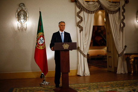 Portugal's President Anibal Cavaco Silva makes a statement to the media at Belem Palace in Lisbon July 10, 2013.