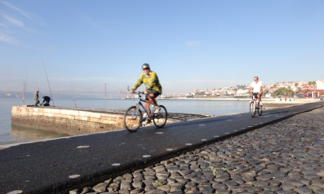 Lisbon cycle path
