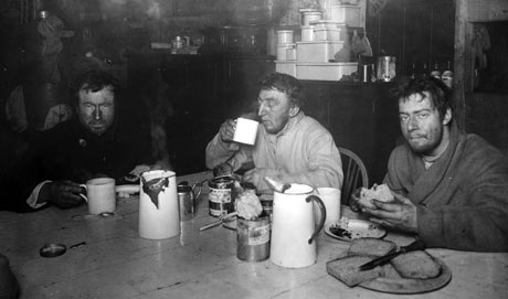 Terra Nova Expedition: three explorer after return from Cape Crozier