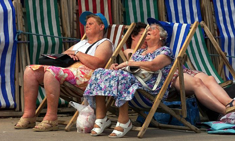 Will the heatwave kill us all? While we wait, some media reports are letting us know that hundreds of us will probably die in the heat. Are they right?