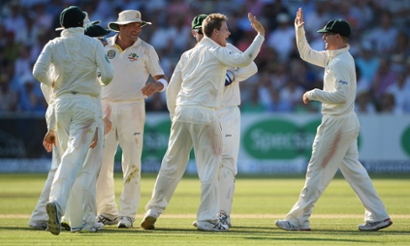 Steve Smith bags wicket No2.