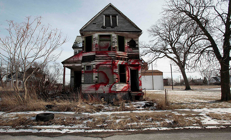 motor city blues: A vacant home