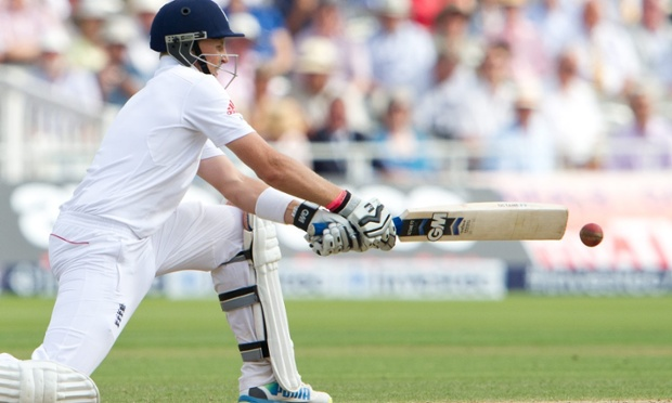 England's Joe Root gets his reverse sweep on.