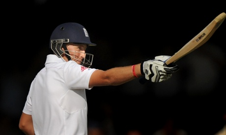 Joe Root reaches his 150.
