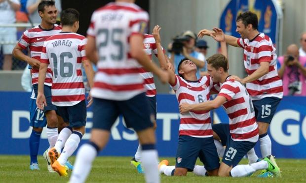Joe Corona USA soccer team USMNT El Salvador Gold Cup