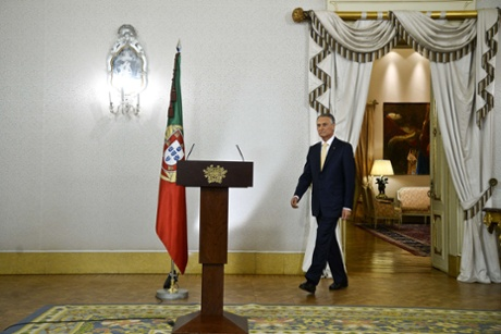 Portuguese President Anibal Cavaco Silva arrives prior to addressing the nation from Belem Presidential palace in Lisbon on July 21, 2013.