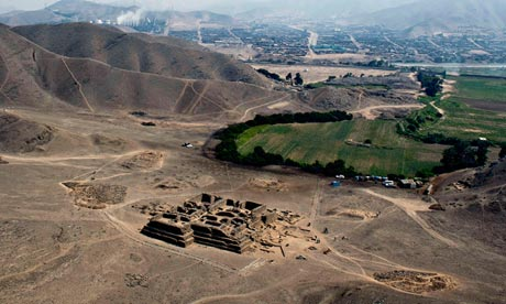 El Paraiso, the archaeological site some 40km north of Lima where the 20ft pyramid was torn down