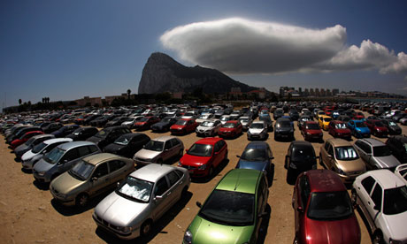 A cloud over the rock: commuters to Gibraltar