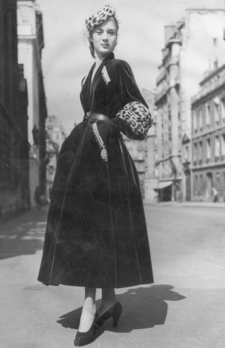 Christian Dior velvet coat and pillbox hat, September 1947