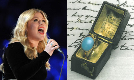 Kelly Clarkson gives up Jane Austen's ring