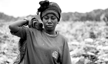 African photos - scavenging Boma