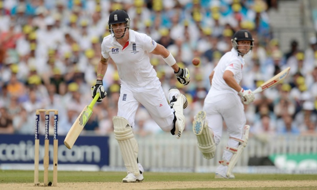 England's Kevin Pietersen, left, watches as a throw misses the stumps, with his teammate Jonathan Trott looking on, during the fifth Ashes Test at the Oval.