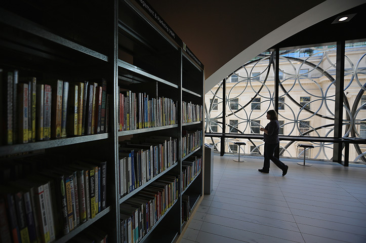 The new library of birmingham in pictures art and design the guardian for Interior exterior birmingham al