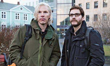 Benedict Cumberbatch as Julian Assange in The Fifth Estate, Daniel Brühl as Daniel Domscheit-Berg