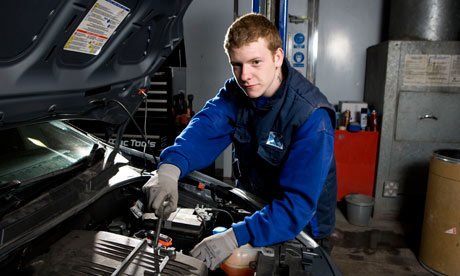 Auto Mechanic art and design university in australia