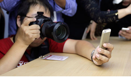 iPhone 5S fingerprint spoof could lead to ID theft, German researchers says