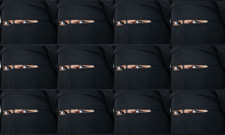 How many women wear the niqab in the UK?