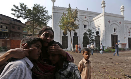 Relatives mourn bombing victims, Peshawar, Pakistan 23/9/13