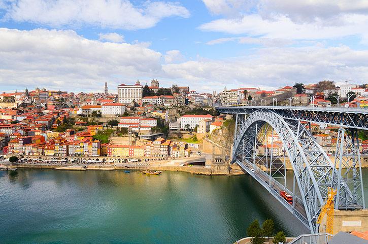 Maria-Pia-Bridge-Porto-006.jpg