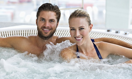 Couples in bathtubs 28 images cheap spa pools for Hot vacation spots for couples