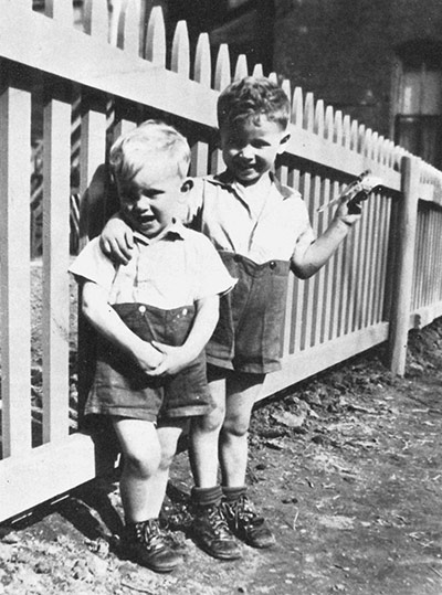 Phil and don as children 011