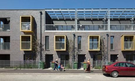 L'edilizia sociale ... 2014 vedrà più locali case autorità edilizie, come questo schema a Newham da Bell Phillips