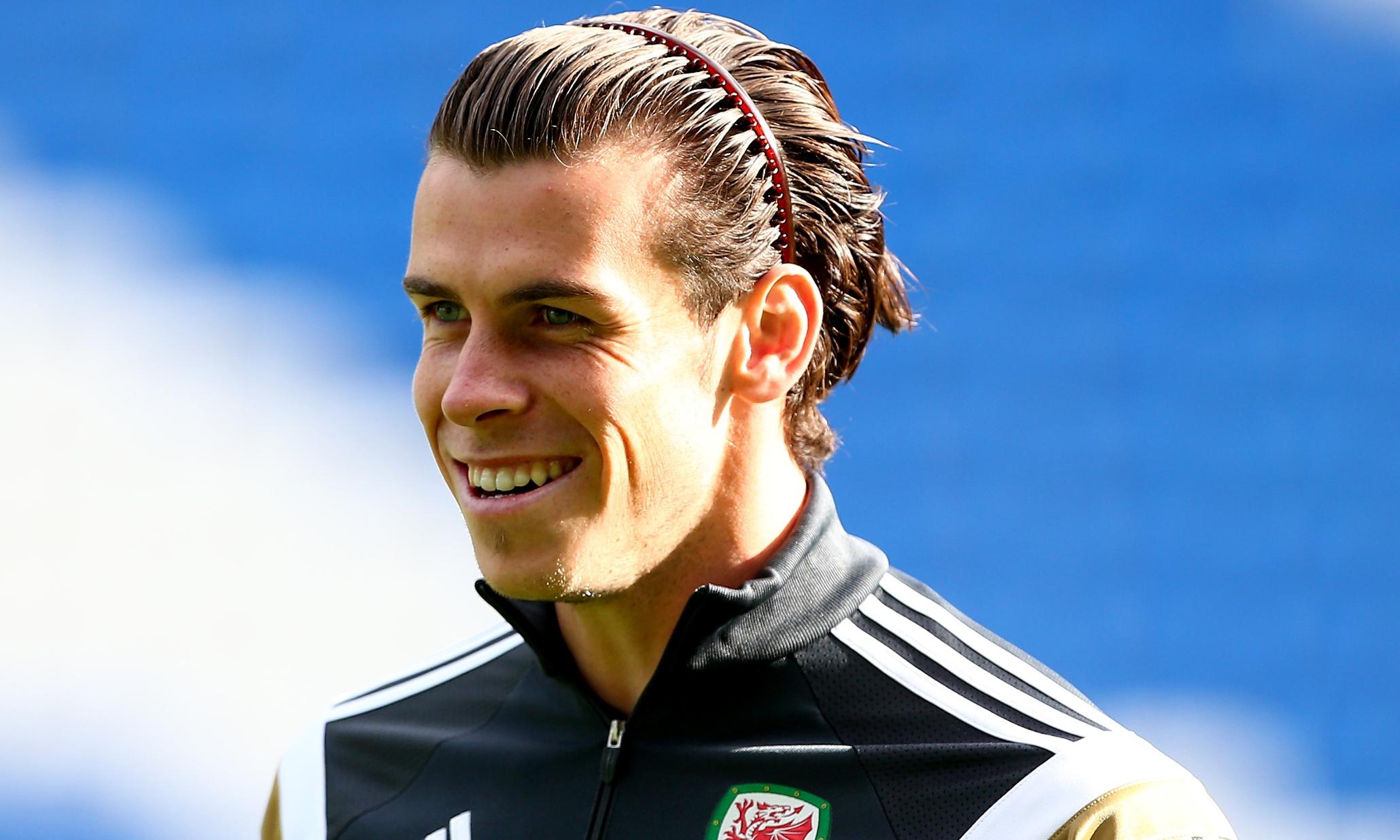 Топ-10: Самые эксцентричные причёски в футболе 31