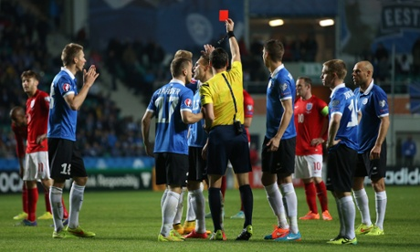 Football - Estonia v England - UEFA Euro 2016 Qualifying Group E - A. Le Coq Arena, Tallinn, Estonia - 12/10/14 Estonia's Ragnar Klavan is shown a red card after receiveing a second yellow by referee Marijo Strahonja Mandatory Credit: Action Images / Carl Recine Livepic EDITORIAL USE ONLY.2014Soccer